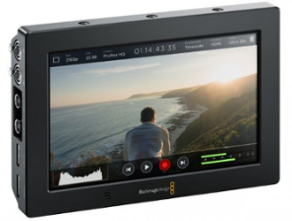 Blackmagic Video Assist 4K screen and recorder